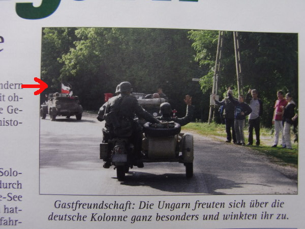 Kradfahrt mit Reichkriegsflagge